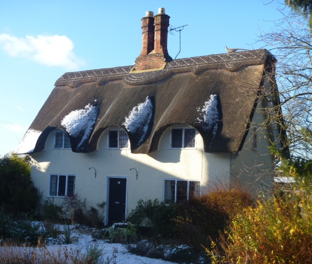 Old Warden Cottage 3