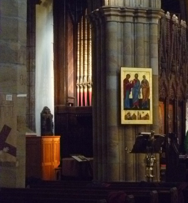 Organ, icon and choir stalls