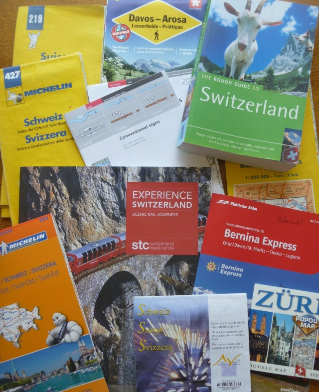 Brochures and maps 4