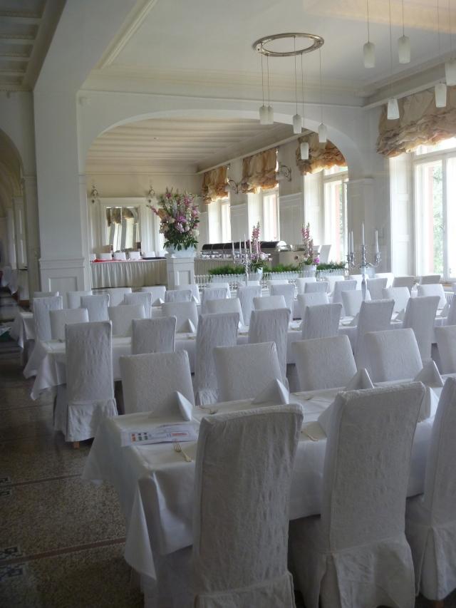 Dining Salon 2