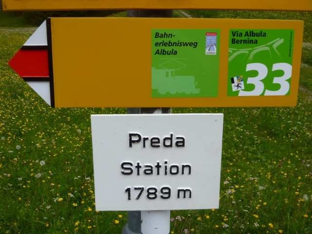 Preda station and sign