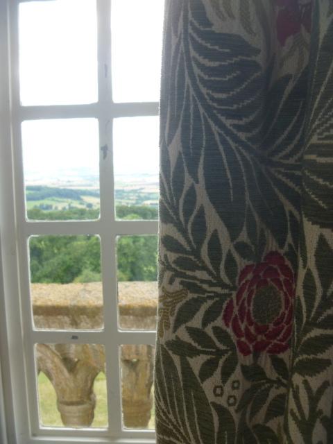 Morris curtain