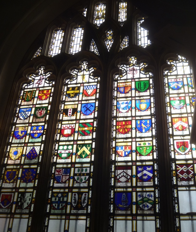 L Inn Chapel window