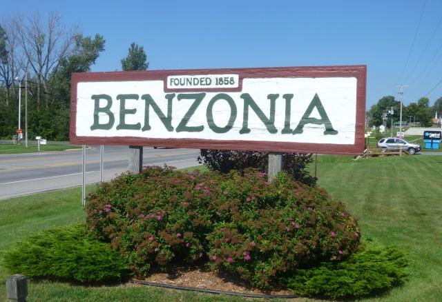 Benzonia sign