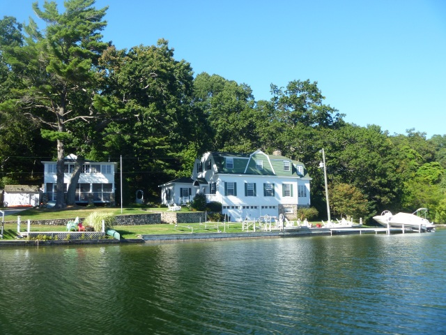 Shore line cottages