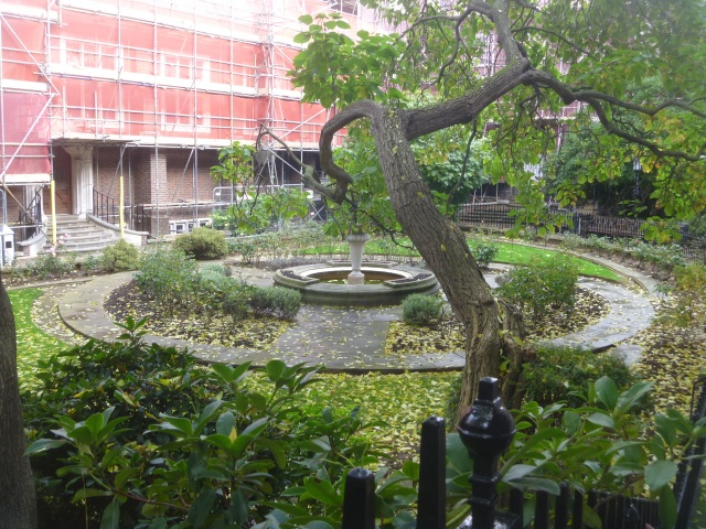 Staple Inn Garden