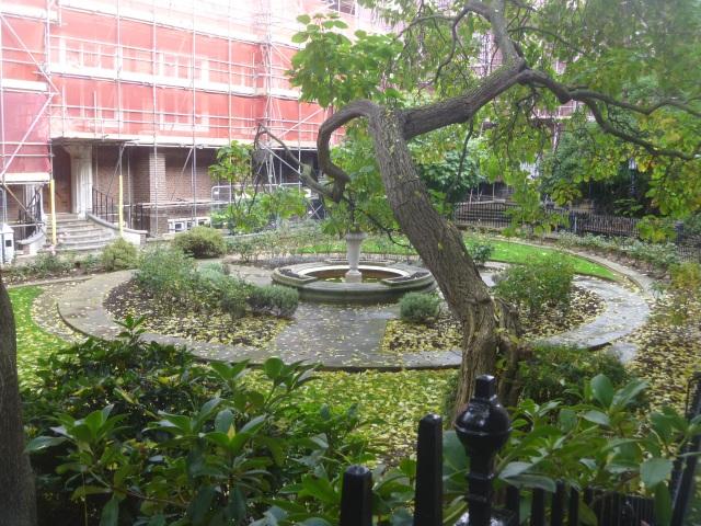 Staple Inn Garden