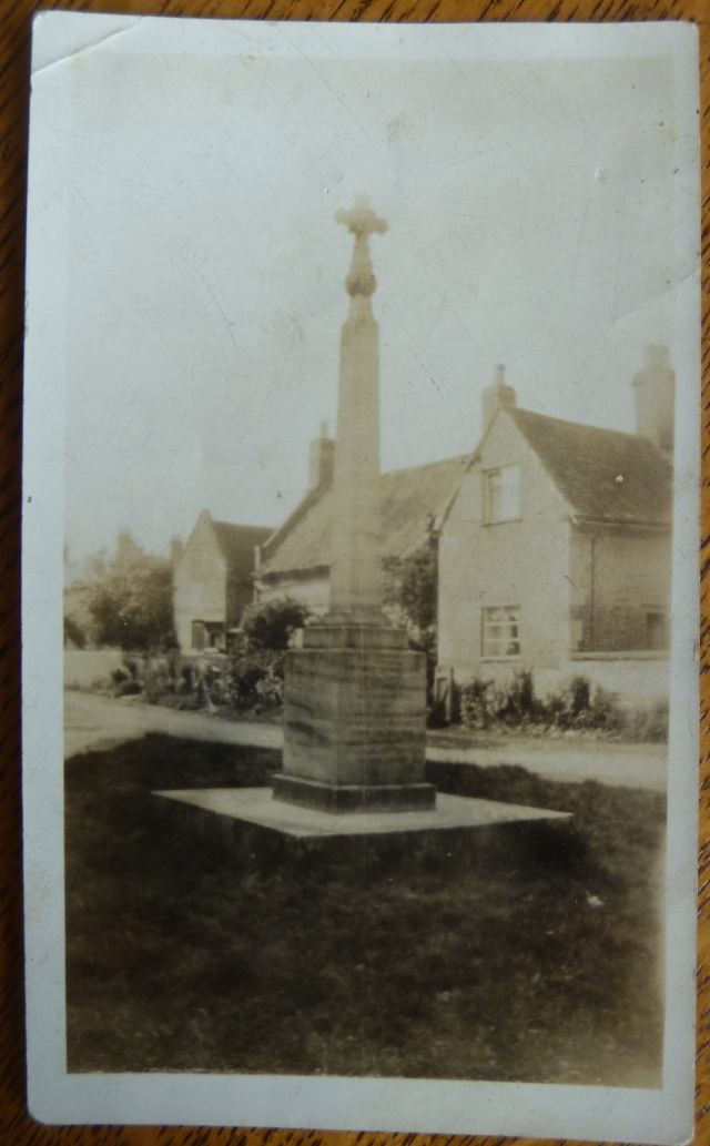 Strensham war memorial original