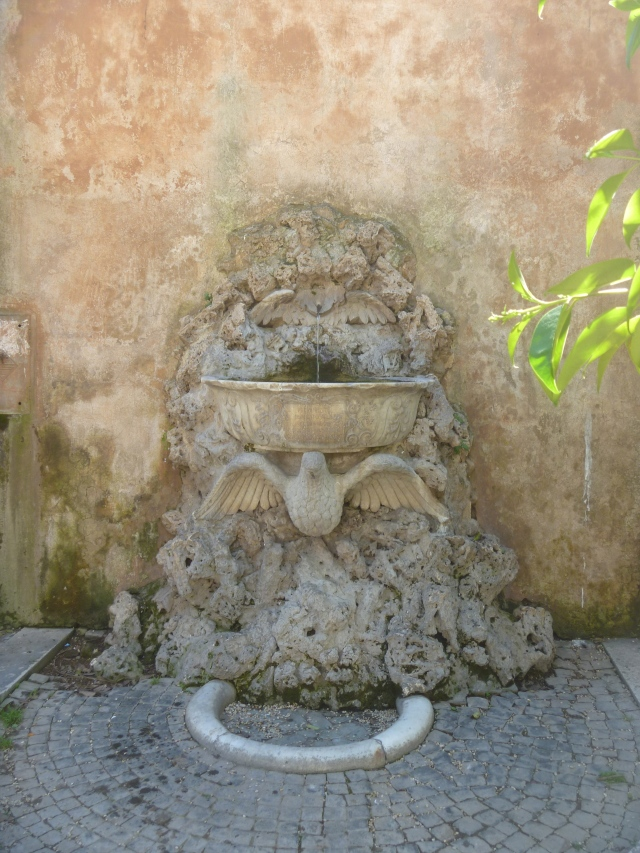 Drinking fountain 1