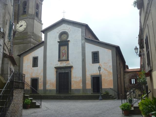 Latera Square