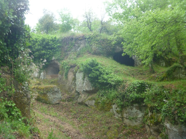 Vitoza caves