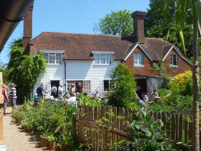 GD shop and cafe garden
