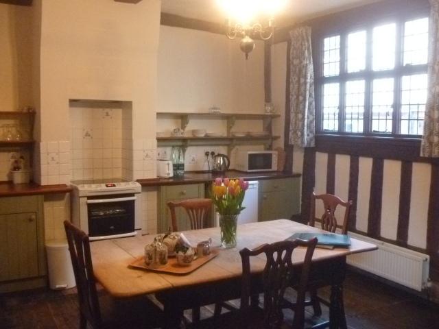 Peake's House Table