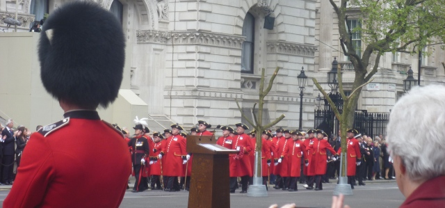 chelsea pensioners march past