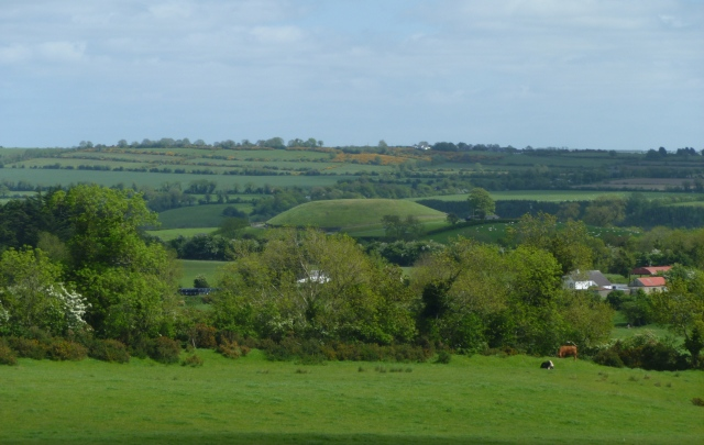 Newgrange from Knowth