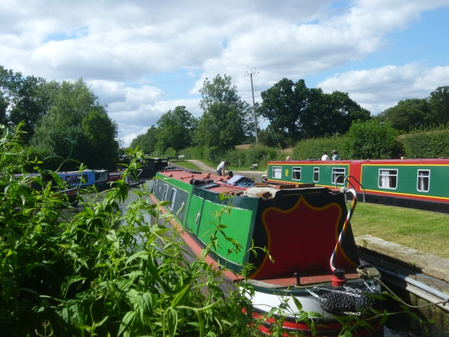 Canal boats at Lapworth