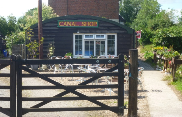 Canal shop Lapworth