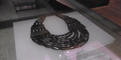 jet necklace