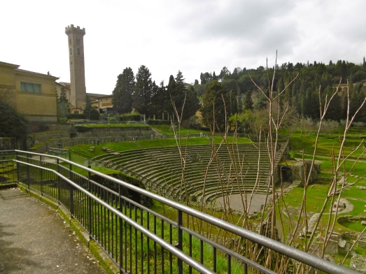 more amphitheatre