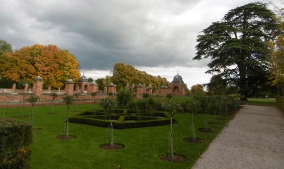 formal-veg-garden