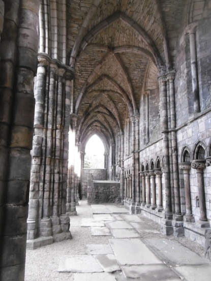 inside-the-abbey