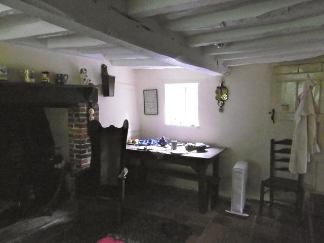 oakhurst-table
